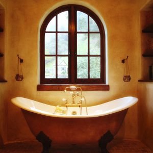 Bathtub Window – Monticello Road, Lafayette, CA